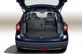 Pojemny bagażnik (430 l) System podwójnej podłogi