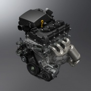 Lekki i dynamiczny silnik 1.5 VVT (K15B) 102 KM maksymalnej mocy