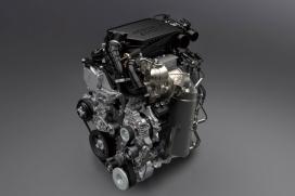 """Dynamiczny i oszczędny silnik BOOSTERJET Połączony z układem """"mild hybrid"""""""