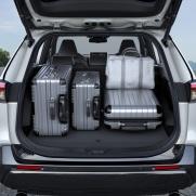 Pojemność bagażnika: 490 litrów System wyjmowanej podwójnej podłogi