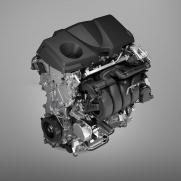 Łączna moc układu hybrydowego: 306 KM Przyspieszenie od 0 do 100 km/h: 6 s