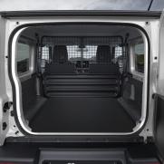 Pojemność bagażnika - 863 litry Ładowność - 150 kg