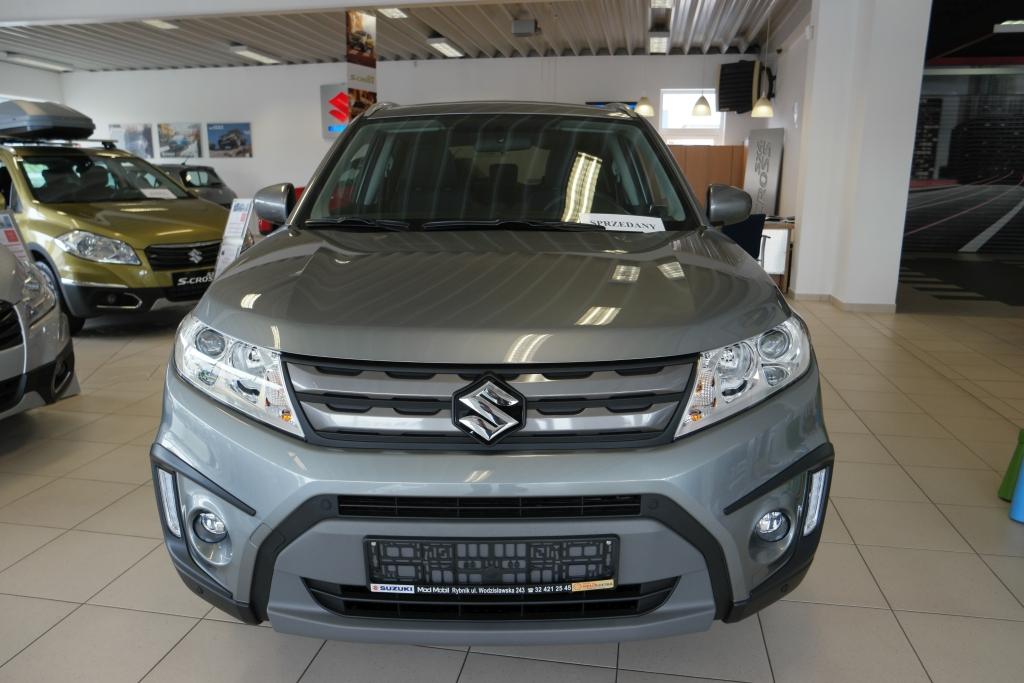 Vitara  manualna  4WD Premium
