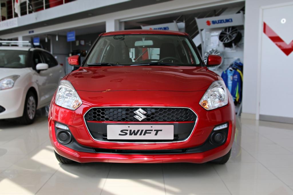 Swift  5 M/T Premium