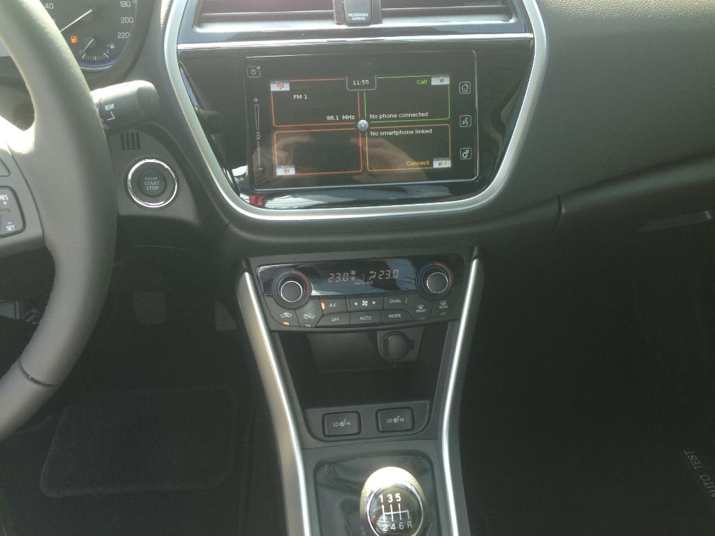 SX4 S-Cross  5 M/T Premium 2WD - OD RĘKI -