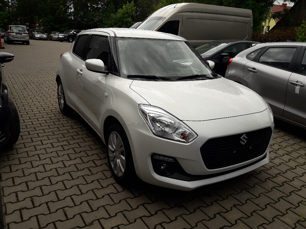 Swift  5 M/T Premium Plus
