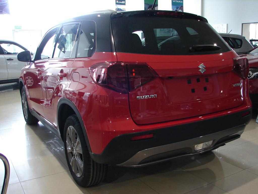 Nowa Vitara  6 A/T Premium 2WD AT