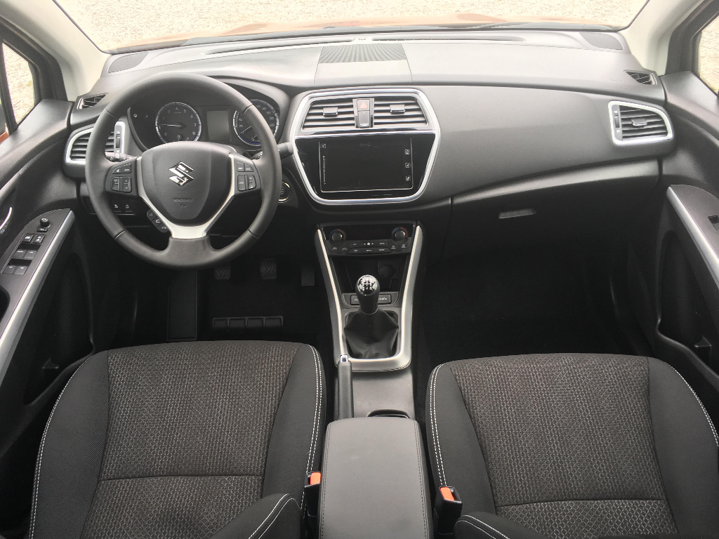 SX4 S-Cross  5 M/T Premium