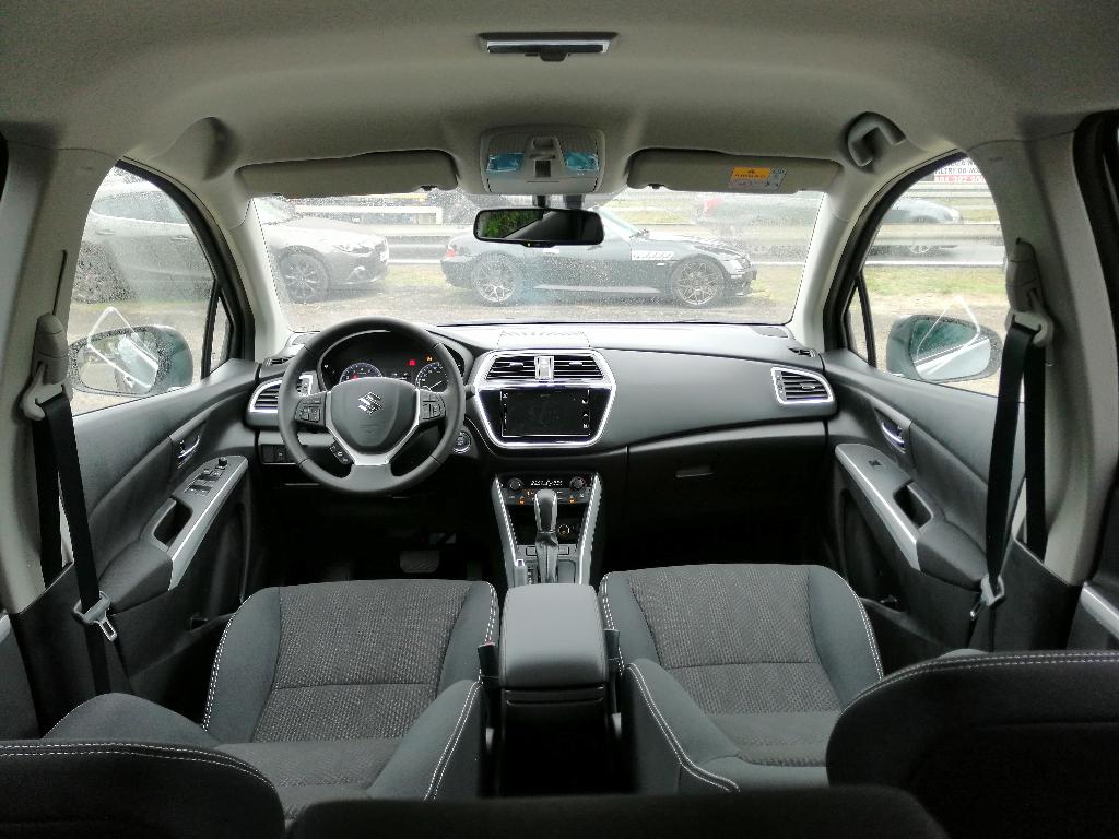 SX4 S-Cross  manualna  Premium