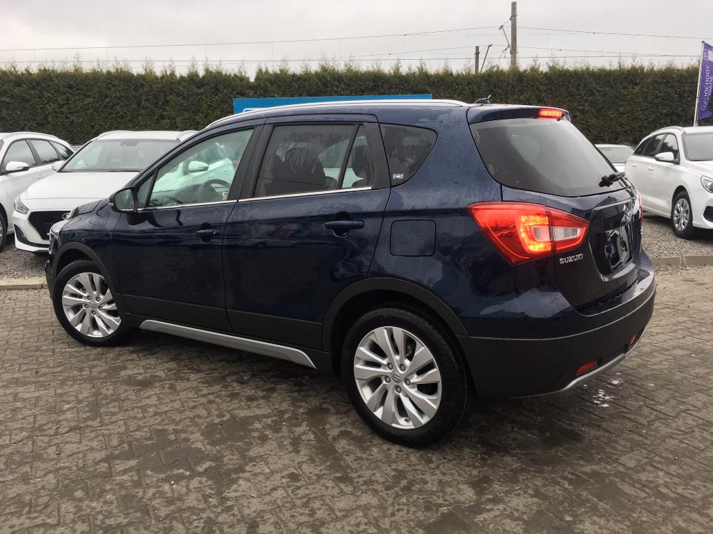 SX4 S-Cross  A/T Premium 2WD AT