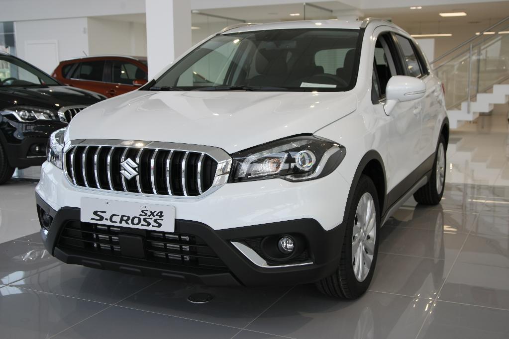 SX4 S-Cross  6 M/T 4WD Premium