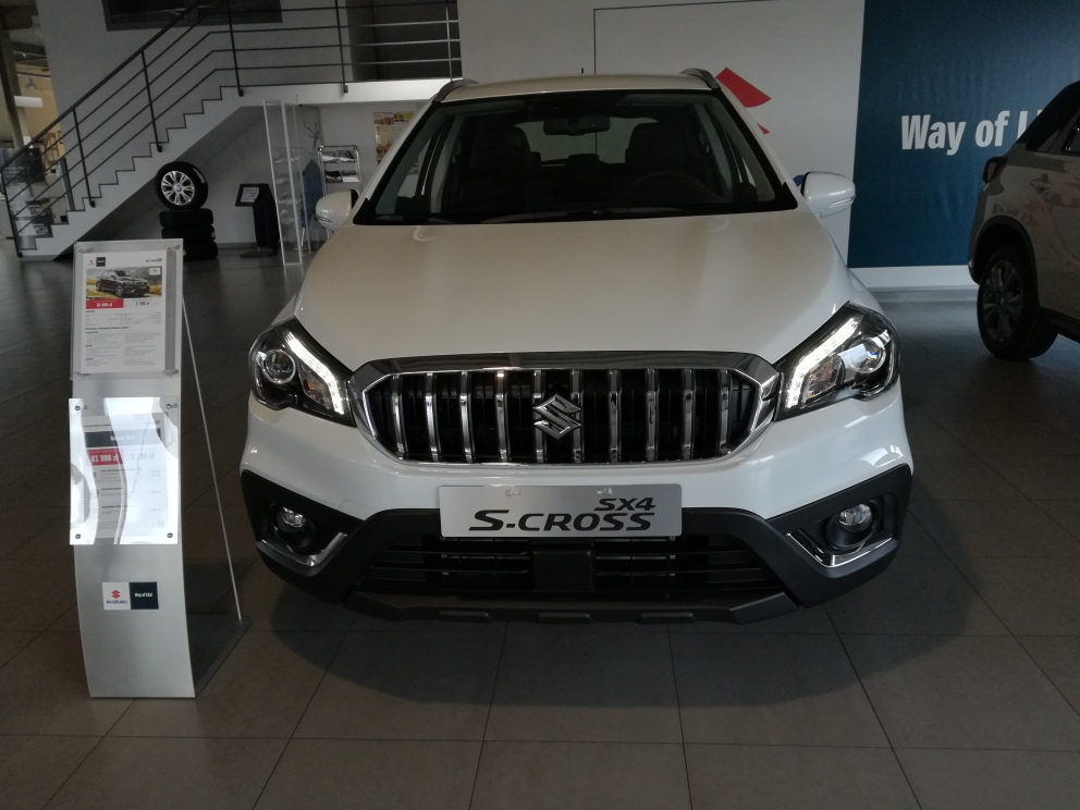 SX4 S-Cross Hybrid  6 M/T Comfort Plus